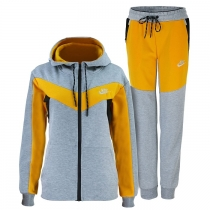 Nike Essential Colorblock Full-Zip Fleece Hoodie & Pants Set